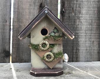 Birdhouses Handcrafted Wooden Bird House Decorative Outdoor Bird's Nesting Home Functional Garden Birdhouse, Item #581219758