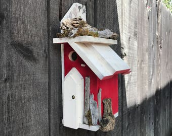 Red Farmhouse Wooden Birdhouse Functional Bird's House For Garden Birds, Outdoor Rustic Birdhouses for Sale, Item #535730273
