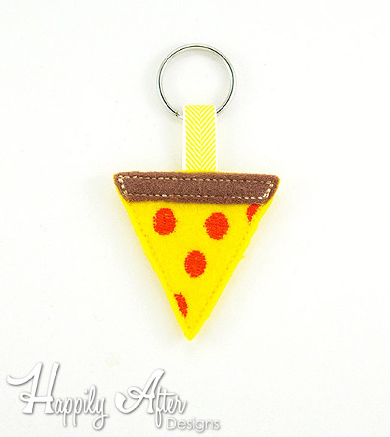 Pizza Keychain Embroidery Design, food, pizza, keychain embroidery, machine  embroidery, ITH, in the hoop, pizza embroidery, junk food, cute