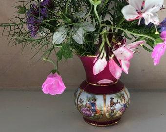 Adler bud vase