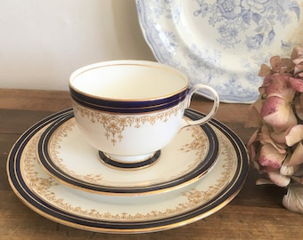Pretty Vintage Aynsley tea trio