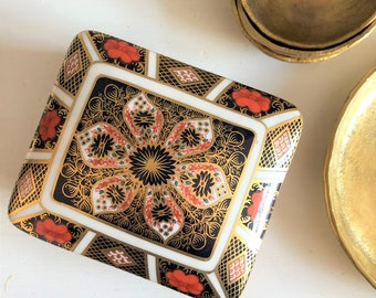 Crown Derby Imari Trinket Box, 1976