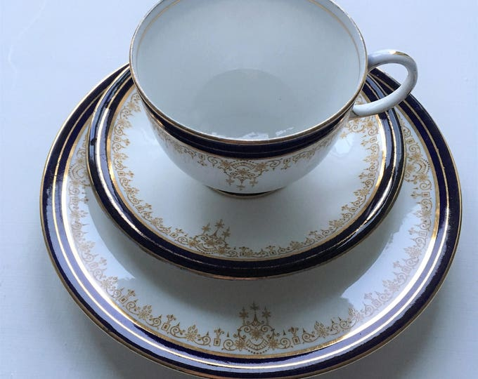 Pretty vintage tea trio, Aynsley China