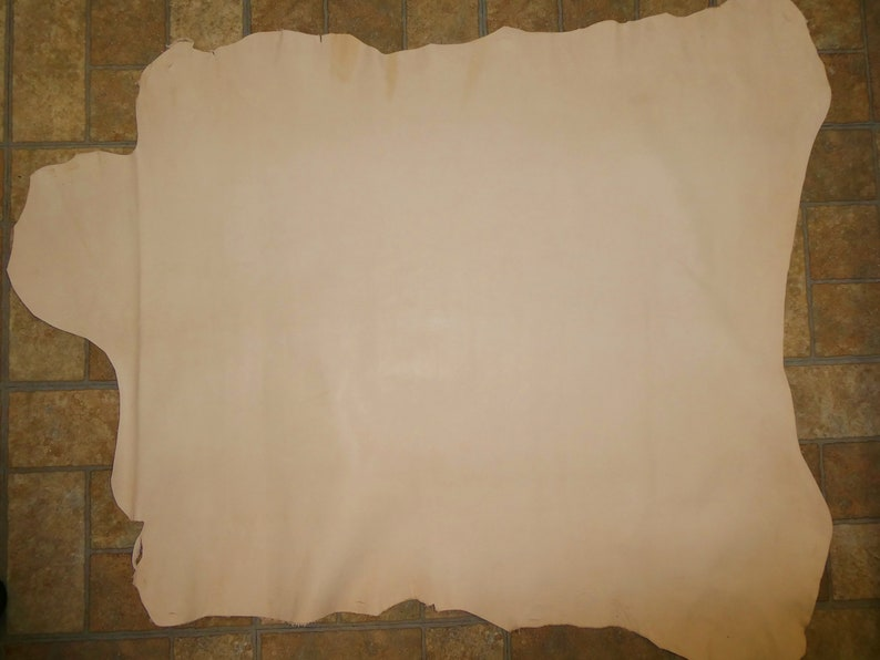 Leather 6-7 Sq Ft Nearly Flawless Tooling Goatskin Hide VEG image 0