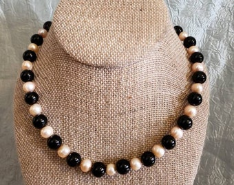 Peach Pearl and Onyx Necklace