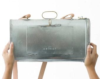 Vasculum - botanical box - tinplate and brass - handmade in portugal