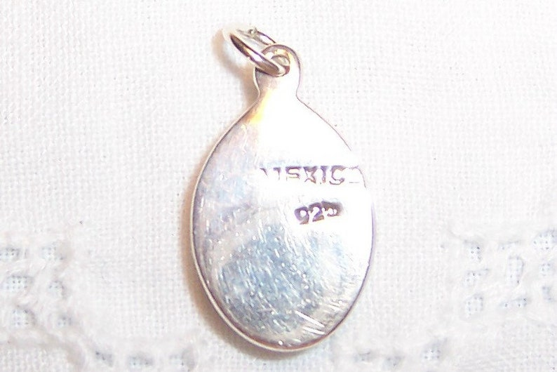 SPRING SALE 20/% OFF Vintage White Quartz oval pendant Sterling silver.