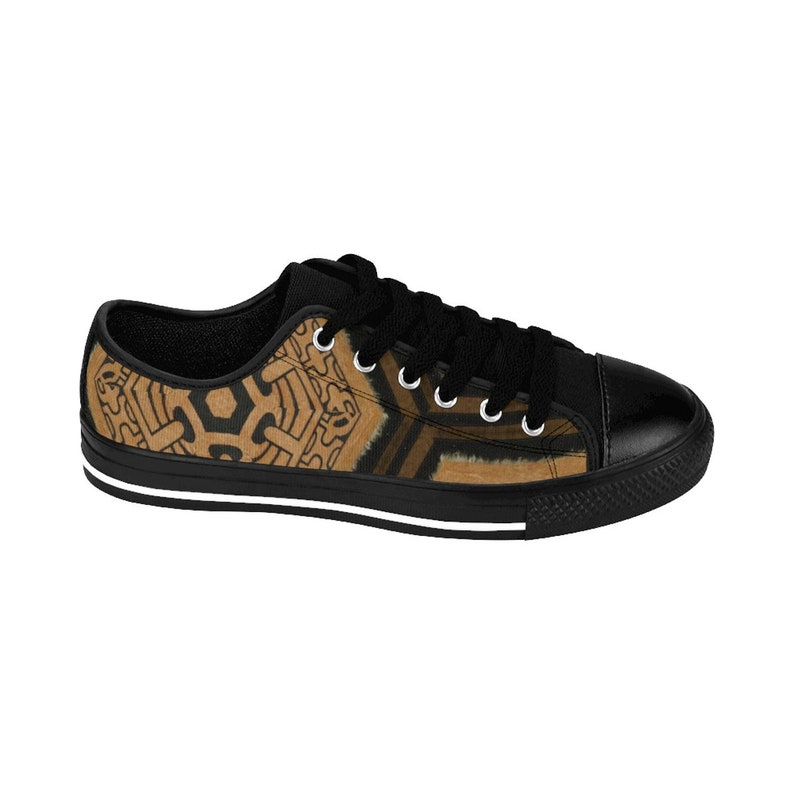 Brown W Vibe Tribe Collection Ancient Scroll Secret Keeper Legacy Women/'s Sneakers Maze Runner