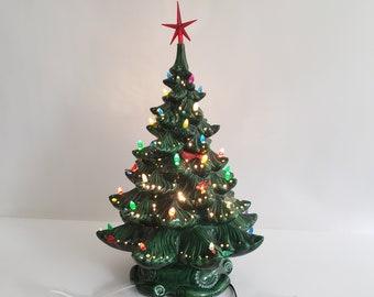 vintage ceramic light up christmas tree green atlantic mold base works 17 tall - Atlantic Mold Ceramic Christmas Tree