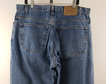 add297031e3 Levis 550 Mens Jeans 38 x 34 100% Cotton Medium Wash Loose Fit Tapered Leg  USA Made