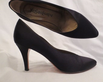 a9db1d654ea YVES SAINT LAURENT classic black satin heels pumps shoes - ysl made in  Italy - sz 7 M