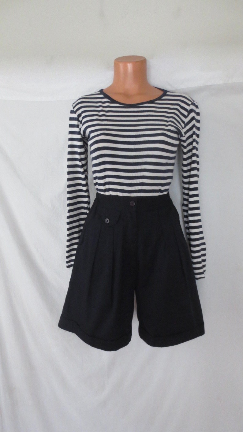 new with tag deadstock Tara Vanessa sm SAILOR PIN UP dark navy blue vintage shorts