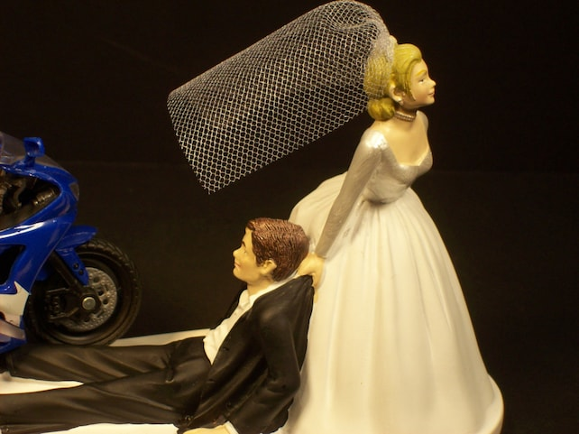 BLUE Yamaha R6 Motorcycle Bride and Groom Funny Wedding Cake | Etsy