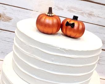 Fall Wedding Pumpkin Cake Topper | Bride & Groom Pumpkins | Miniature Pumpkin Wedding Cake Topper | Autumn Wedding Decor | Copper Pumpkins