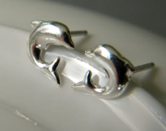 Dolphin earrings silver 925.