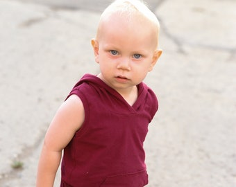 Adorable hooded tank with kangaroo pocket.  Many colors available.     Custom made sizes 0 to 6.