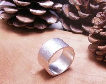 Wide Hammered Silver Ripples Band Ring-Unique Sterling- Silver Ring-Boho Ring