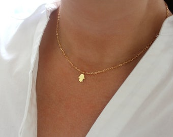 Gold Hamsa Necklace, Dainty Gold Necklace, Gold Hamsa Hand Necklace, Gold Boho Necklace, Small Gold Charm Necklace, Gold Hamsa Jewelry
