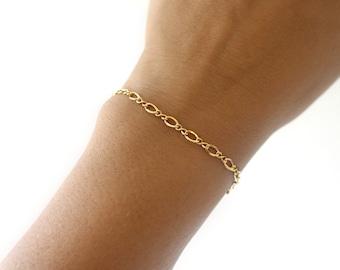Classic Gold Bracelet, 14k Gold Filled Bracelet, Simple Gold Bracelet for Women, Figure Eight Gold Chain Bracelet, Dainty Gold Bracelet
