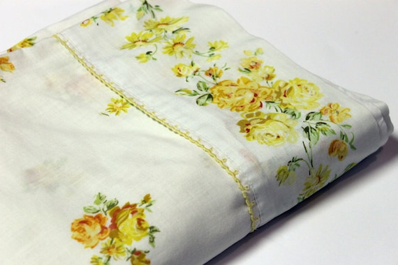 Vintage Yellow Rose Bed Sheet