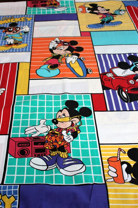 Retro Mickey Mouse Bed Sheet TWIN