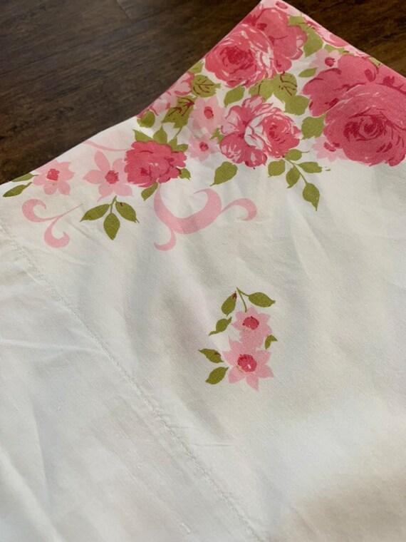 Vintage Pink Roses Bed Sheet