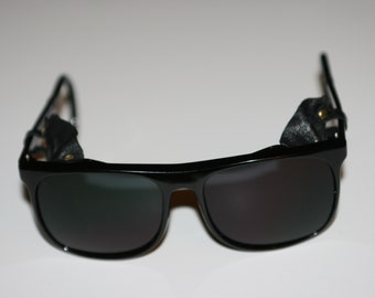 3b49595a2f Vintage Black Ski   Motorcycle   Mountaineering Sunglasses Leather Side  Shield Made in Japan