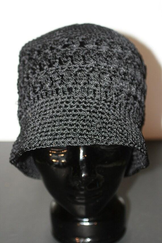 Vintage 1950s Black Cable Knit Cloche hat