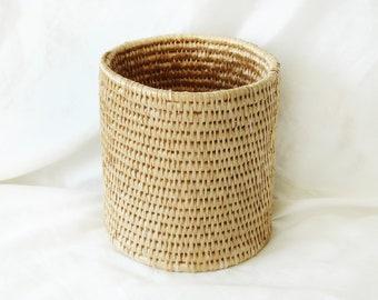 Wicker Plant Pot Canister   Indoor Neutral Planter   Decorative Waste Basket   Vintage Home Decor