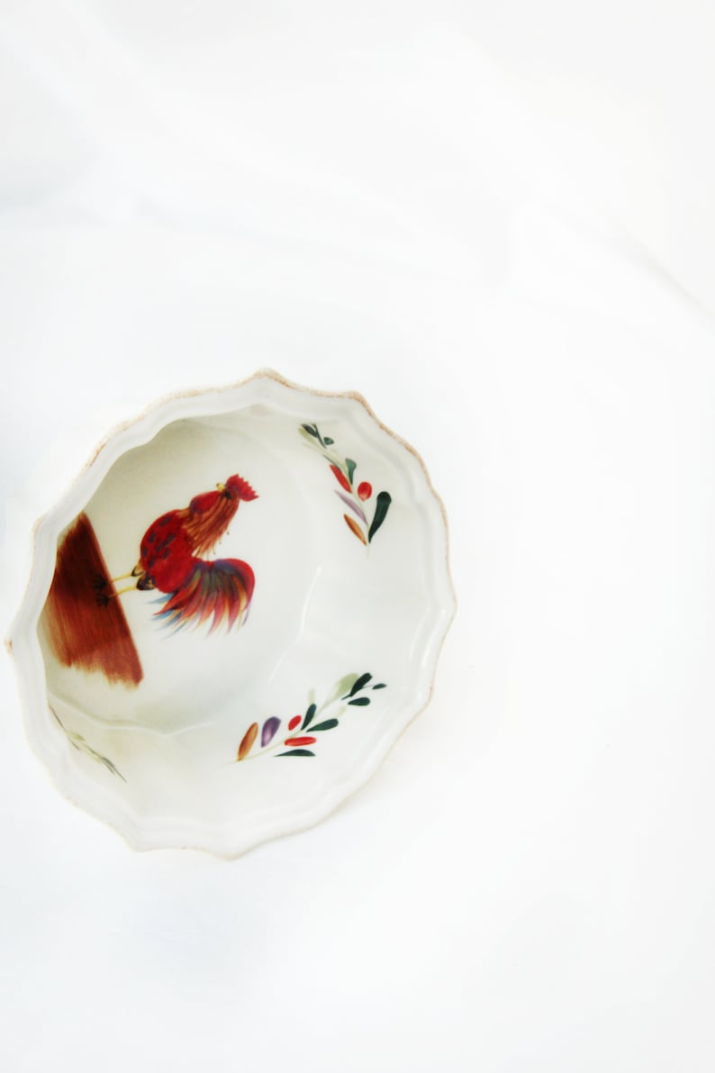 Chicken Baking Dish Farmhouse Decor Rustic Kitchen Decor Vintage Ceramic Kitchen Decor Rooster Decor