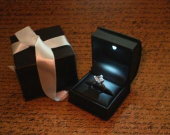 100/_2973 Fancy Keepsake /& Ring Box