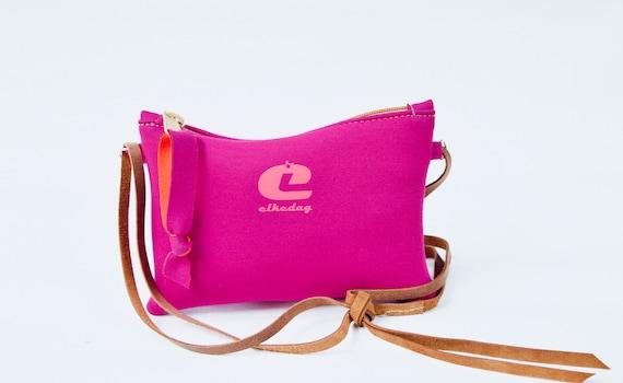 68d0a14a59 Small rectangular bag made of neoprene by Elkedag