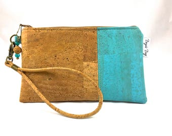 Cork wristlet, vegan purse, tan wristlet, natural cork fabric bag, cork fabric purse, vegan leather bag, eco friendly bag