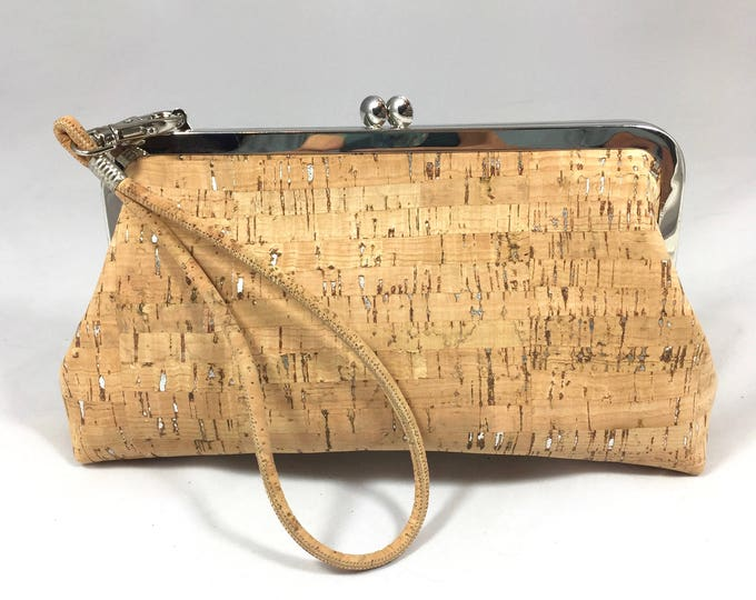 Cork clutch, cork wristlet, vegan purse, tan wristlet, natural cork fabric bag, cork fabric purse, evening bag, vegan leather bag
