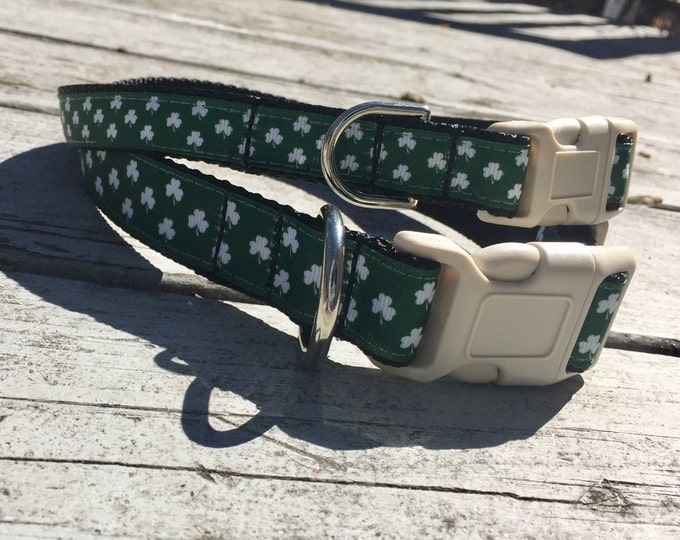 Dog collar, St. Patrick's Day dog collar, Luck of the Irish gift, shamrock dog collar, clovercollar, Dog accessories, pet gift, green collar