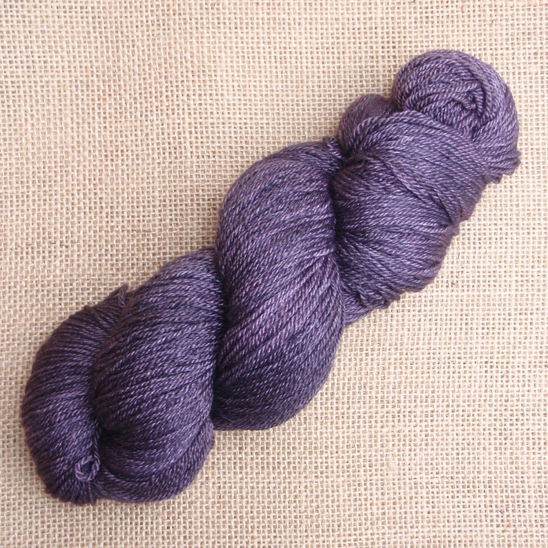 Hand dyed British Bluefaced Leicestersilkcashmere 4 plysock yarn in Hera