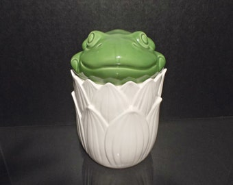 Single Vintage Canister With Frog Lid
