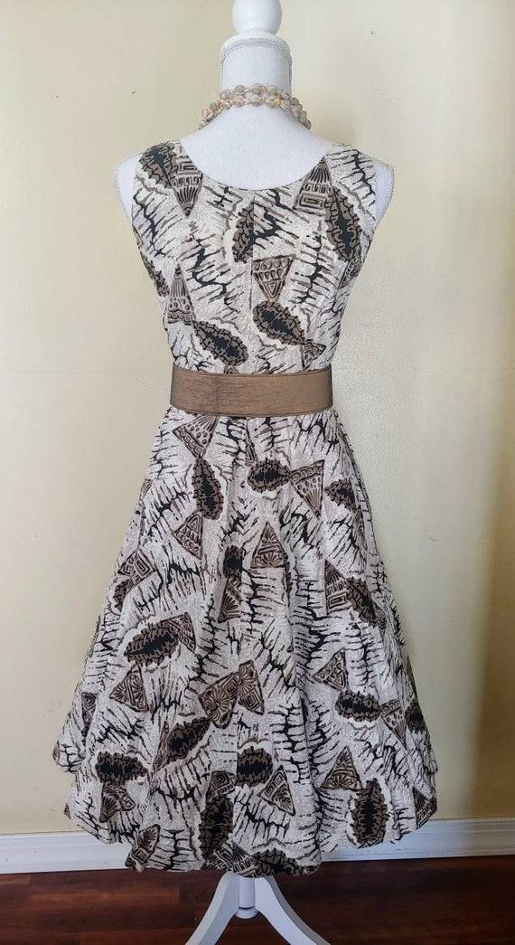 SeaShell 50s tiki novelty print dress - image 3