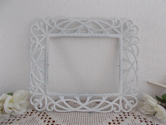 Shabby Chic Country Romantic Frame.White Shabby Chic Heart Picture Frame 8 X 10 Photo Decoration Upcycled Vintage French Country Farmhouse Romantic Cottage Home Decor Gift Her