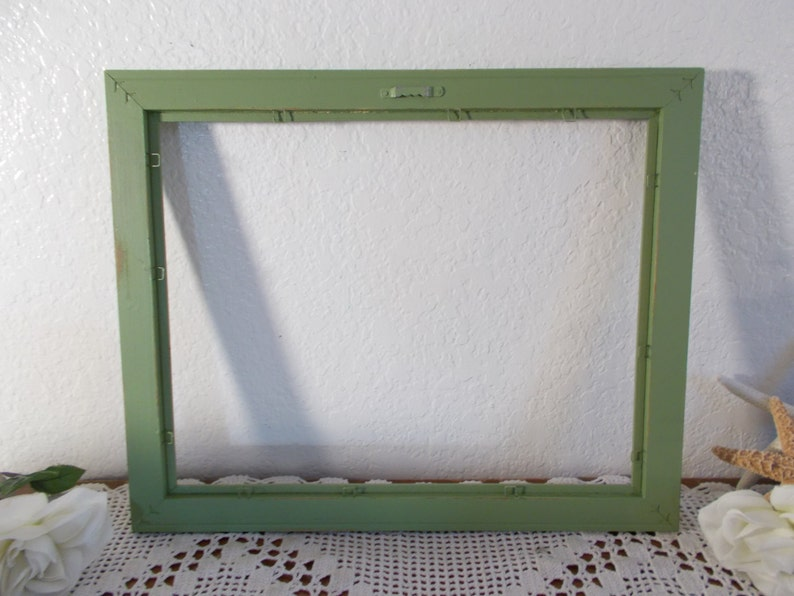 Green Picture Frame Rustic Shabby Chic Distressed Up Cycled Vintage Wood Photo Decoration English Garden Country Cottage Home Decor Gift Her