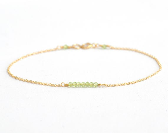 14K Gold. Tiny Peridot gold bracelet, Peridot Bracelet, Dainty gold bracelet, Delicate gold bracelet, Minimalist, everyday Jewelry