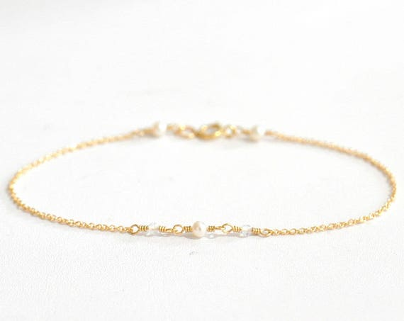 14K Gold. Tiny Freshwater Pearl and Moonstone gold bracelet, Delicate gold bracelet, Moonstone bracelet, Minimalist, June Birthstone Jewelry