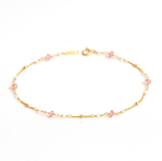 14K Gold. Moonstone & Pink Tourmailine Bracelet in 14KYG , Delicate Gold Bracelet, June Birthstone Jewelry, Holiday Gift for Her, Weddings