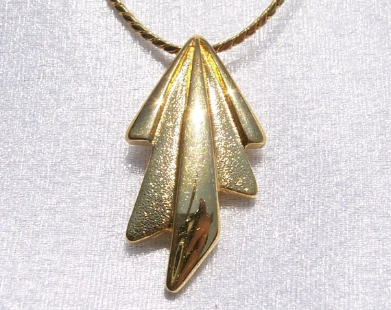 Monet, Designer Necklace, Chain, Hallmarked, Textured, Smooth, Unique, High Fashion, High End, Vintage Jewelry, Lobster Clasp, Gold Tone