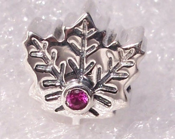 Maple Leaf, Canada, Pandora, Bracelet Charm, Synthetic Ruby, Silver, 18TH Century, National Symbol, Saint Lawrence, Village, Heritage,Travel