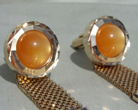 Moonglow Cufflinks, Vintage Jewelry, Butterscotch, Cabochon, Gold Tone, Mesh Wrap, High End, Retro, Designer, Fashionable, Be Different