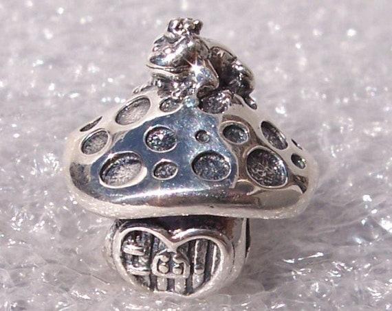 Mushroom Frog, Pandora, Bracelet Charm, Silver, Magical Creatures, 2019, Fairytale, Autumn, Crown, Forest, Fantastic Adventures, Secrets