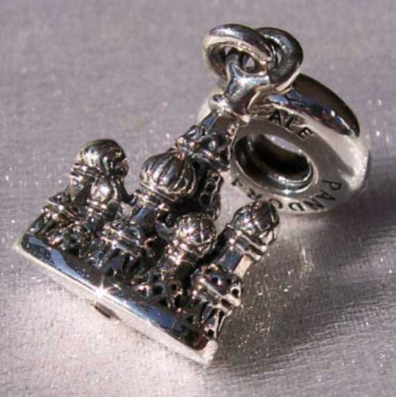 St. Basil's Cathedral, Pandora, Bracelet Charm, RETIRED, 925, Travel, Memories, Icon, Moscow, Russia, 458TH Birthday, Shapes, Romantic