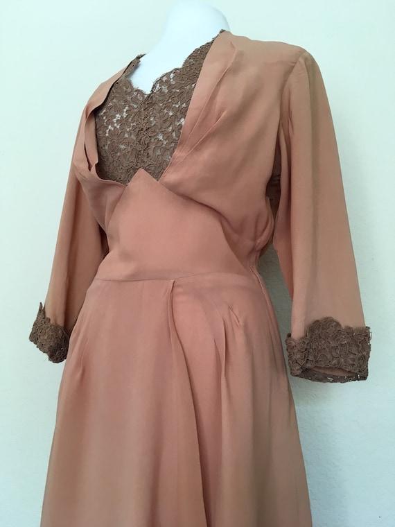 1940s Swing Era Lace Inset Dress - image 4
