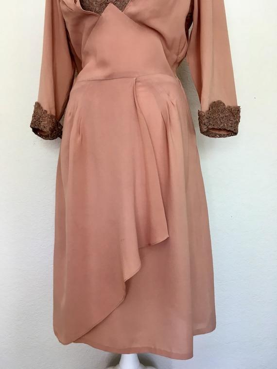 1940s Swing Era Lace Inset Dress - image 5